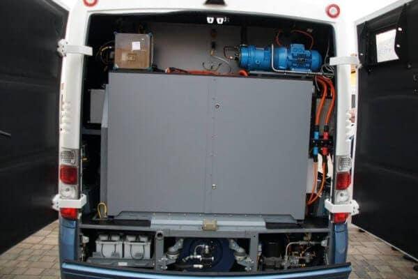 Elektrobus SOR EBN 8 - Technik im Heck