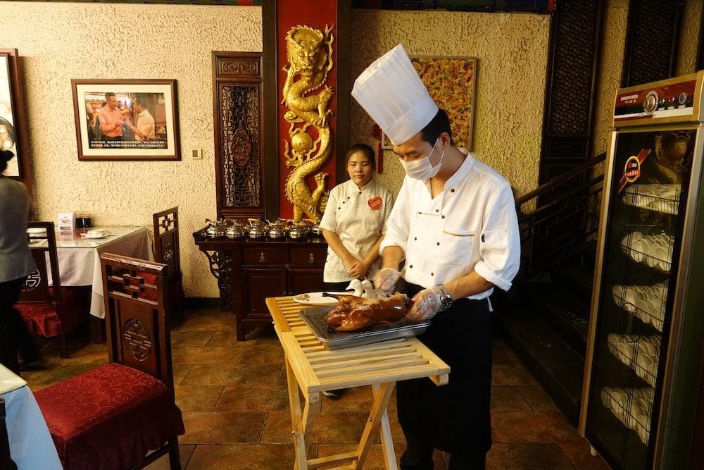 Zubereitung der Peking Ente