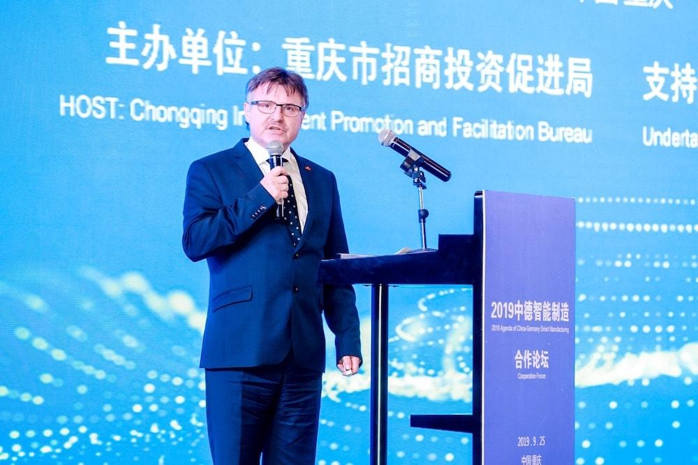 Roberto Tamaske bei der Vorstellung des Wirtschaftsfördervereins